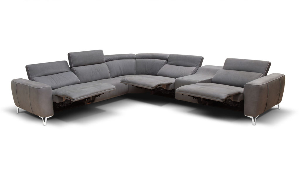 Bracci Zeus power sectional