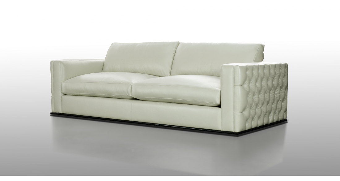 Nathan Anthony Perle sofa