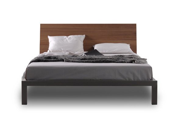 Trica city bed