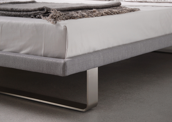 Trica envy bed detail